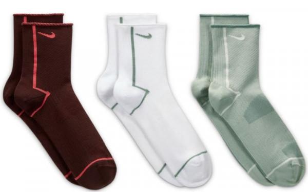 Tennisesokid  Nike Everyday Plus Lightweight 3P W - multicolor
